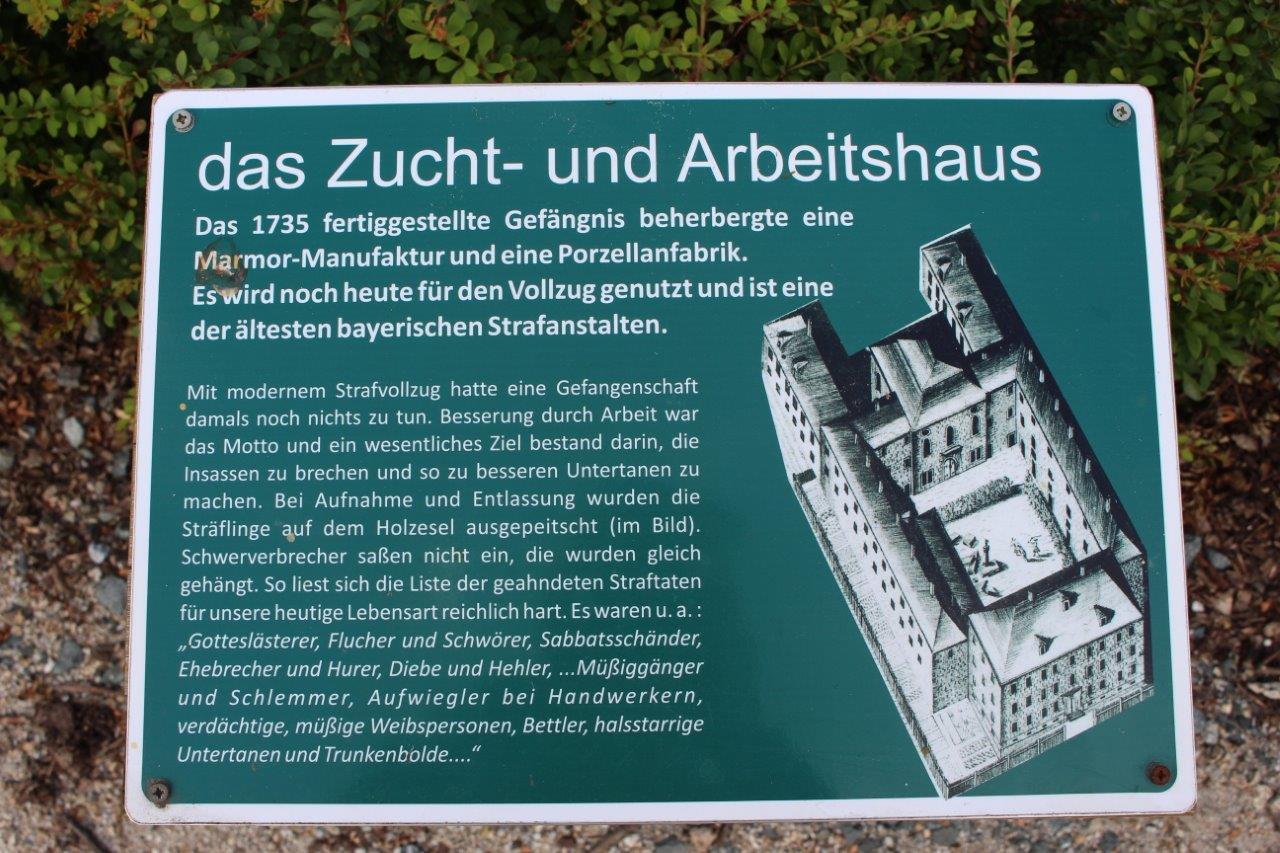 Schild: das Zucht- und Arbeitshaus